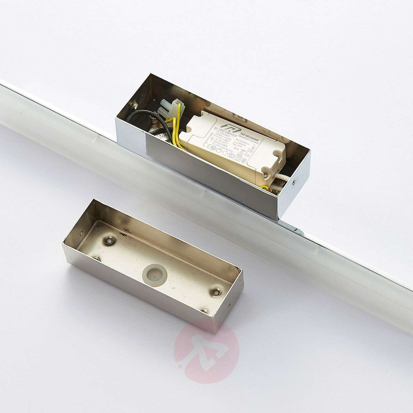 Langwerpige LED spiegelverlichting Julie, IP44-9621184-02