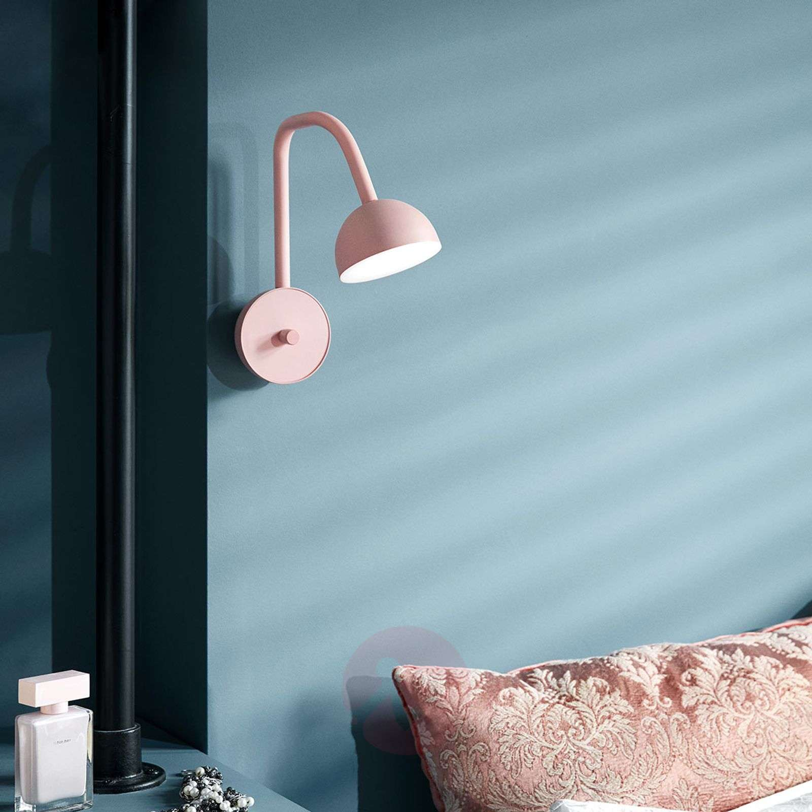 Northern Blush roze LED wandlamp-7013117-01