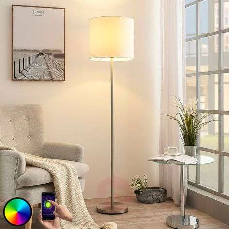 Lindby Smart LED vloerlamp Everly, app, RGB