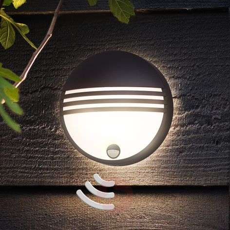 Philips Yarrow LED outdoor wandlamp met sensor