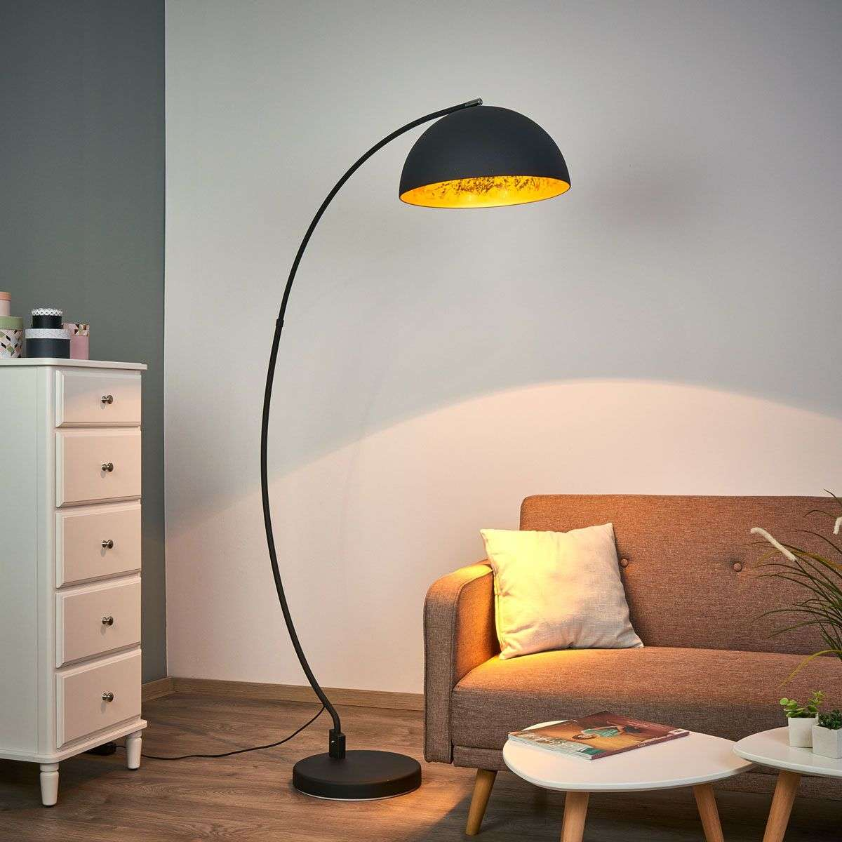 gebogen staande lamp golden sun. Black Bedroom Furniture Sets. Home Design Ideas